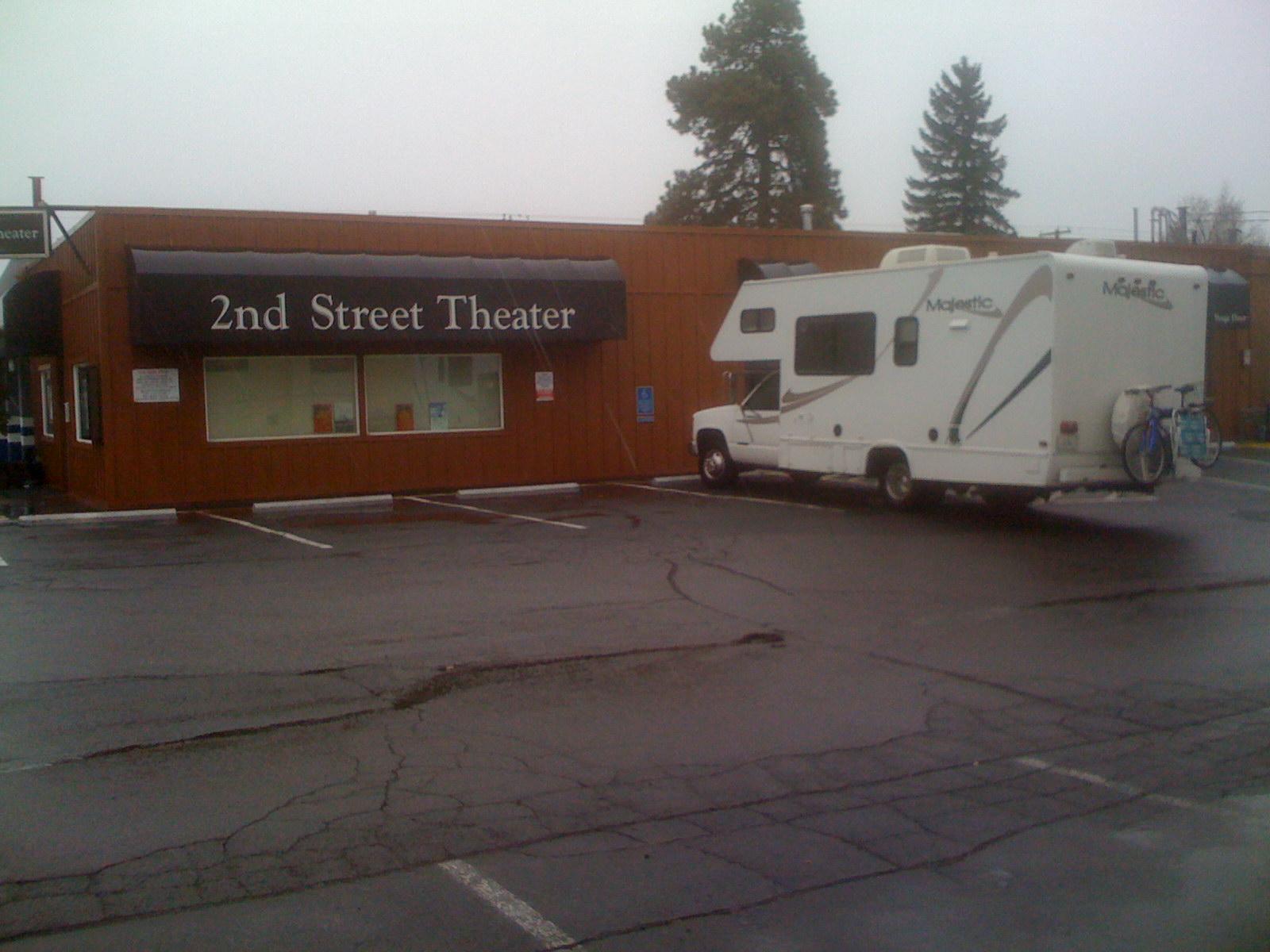 bend-2nd-street-theater-2009-jonnasbody-IMG_0868